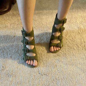 Diba True Leather Sandal / Wedge size 7